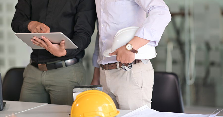benefits of custom construction management software